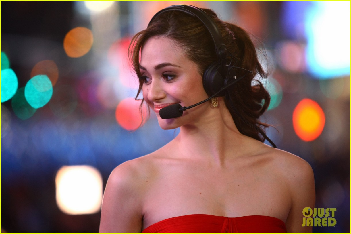 emmy rossum new years eve 05