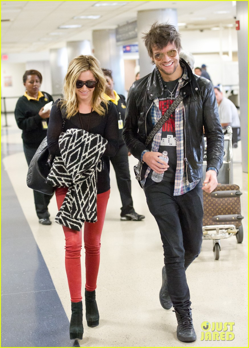 ashley tisdale martin johnson 04
