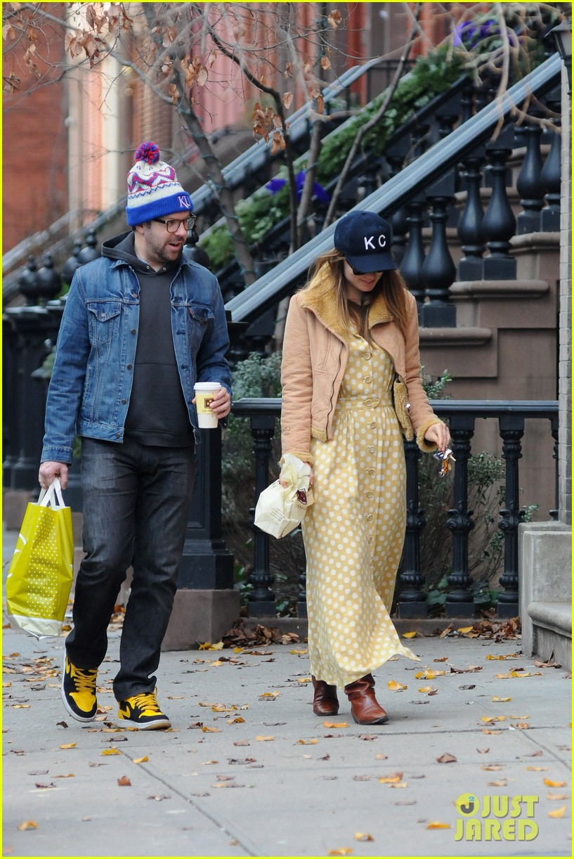 olivia wilde jason sudeikis afternoon take out 082614155