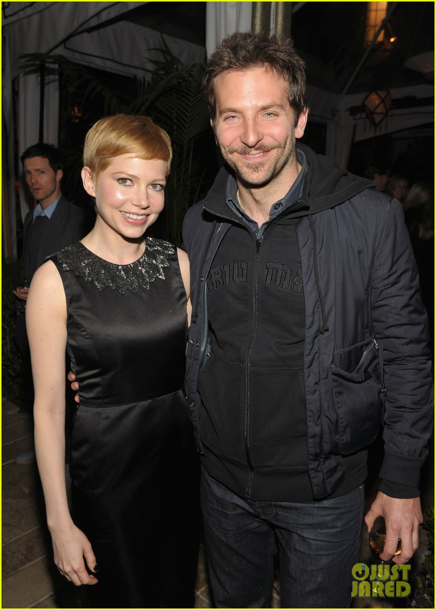 michelle williams bradley cooper weinstein party 01