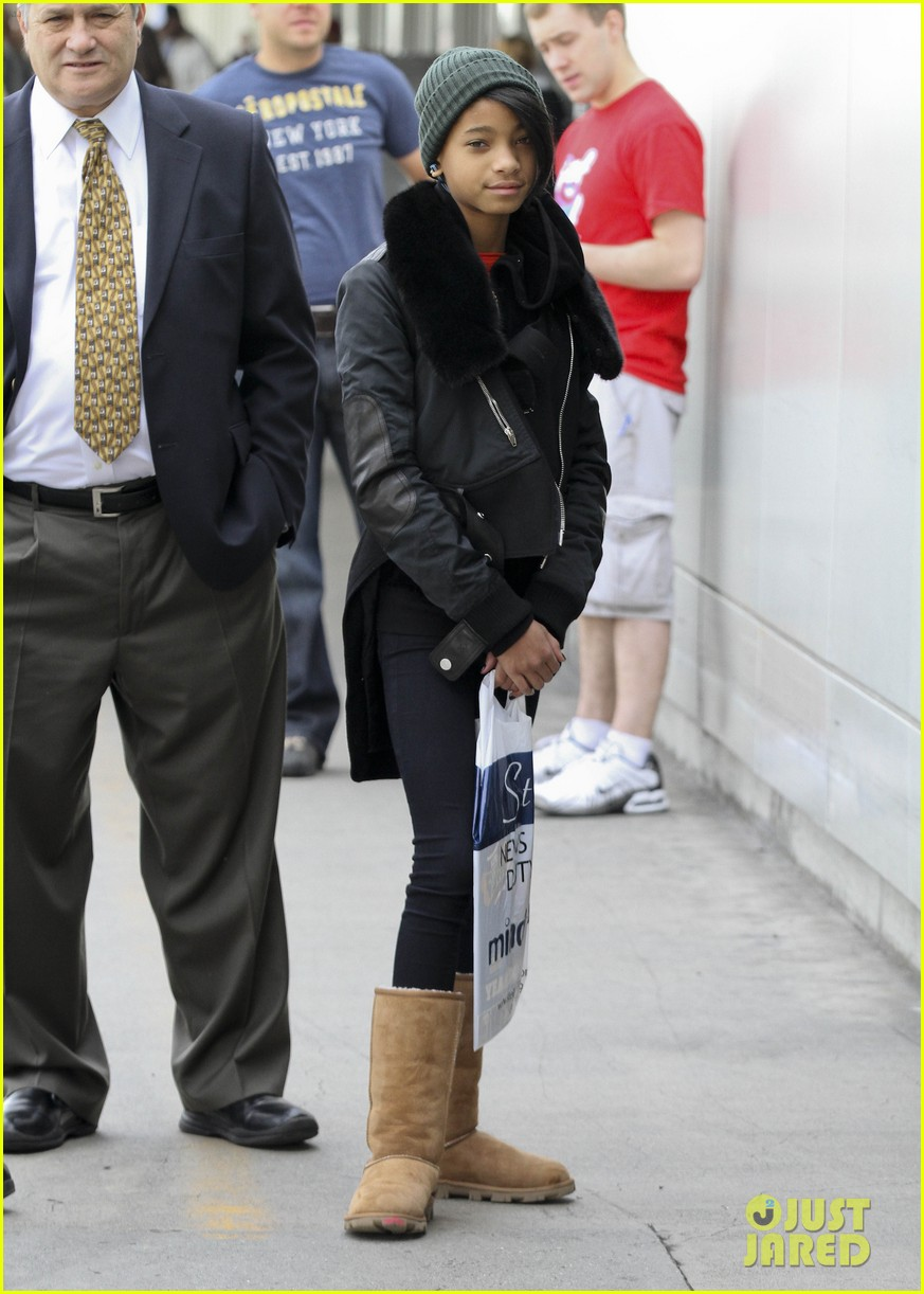 willow smith beanie n boots 052618957