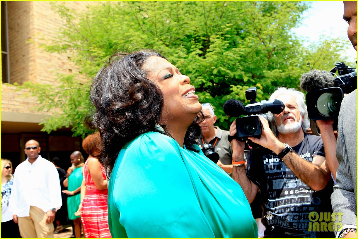 oprah winfrey leadership academy graduation 10