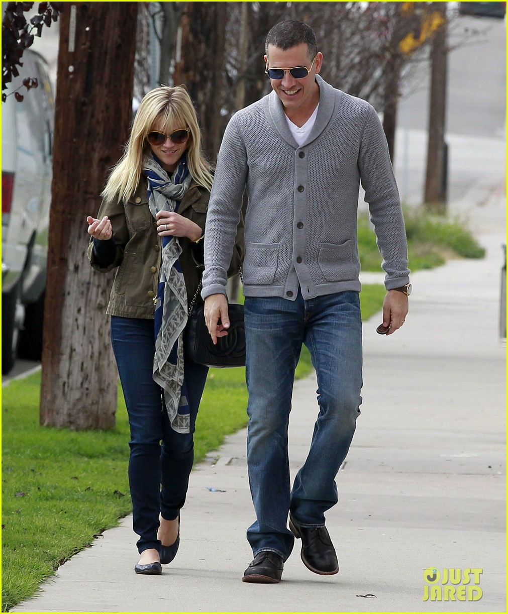 reese witherspoon jim toth sunday church 09