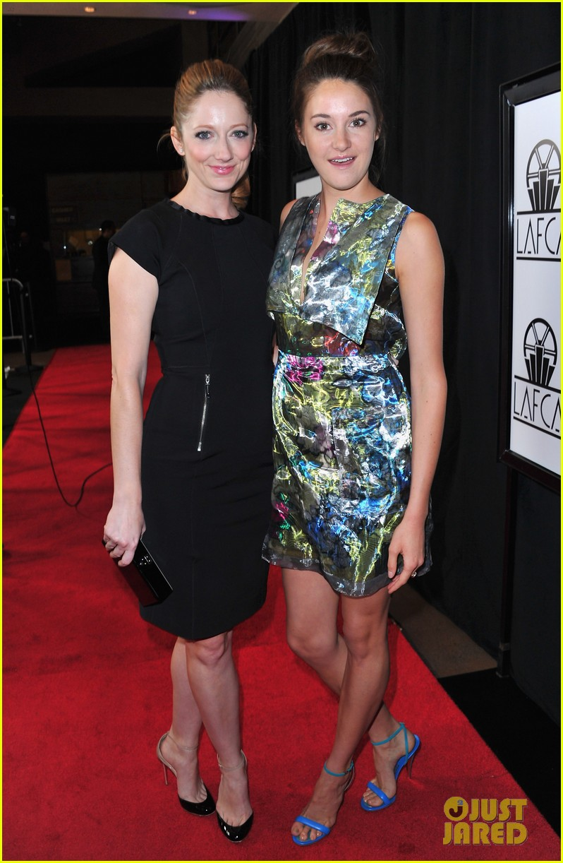 shailene woodley bafta tea film critics association awards 13