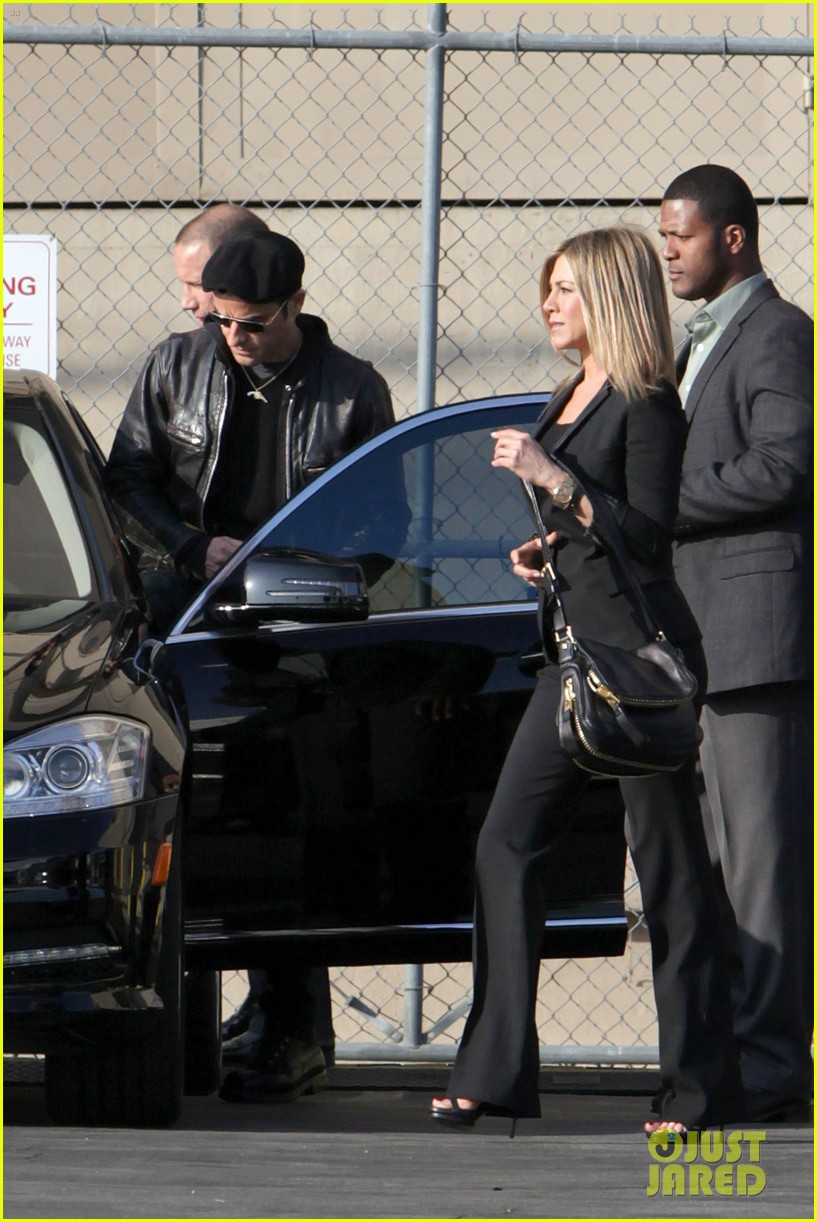 jennifer aniston kimmel justin theroux 03