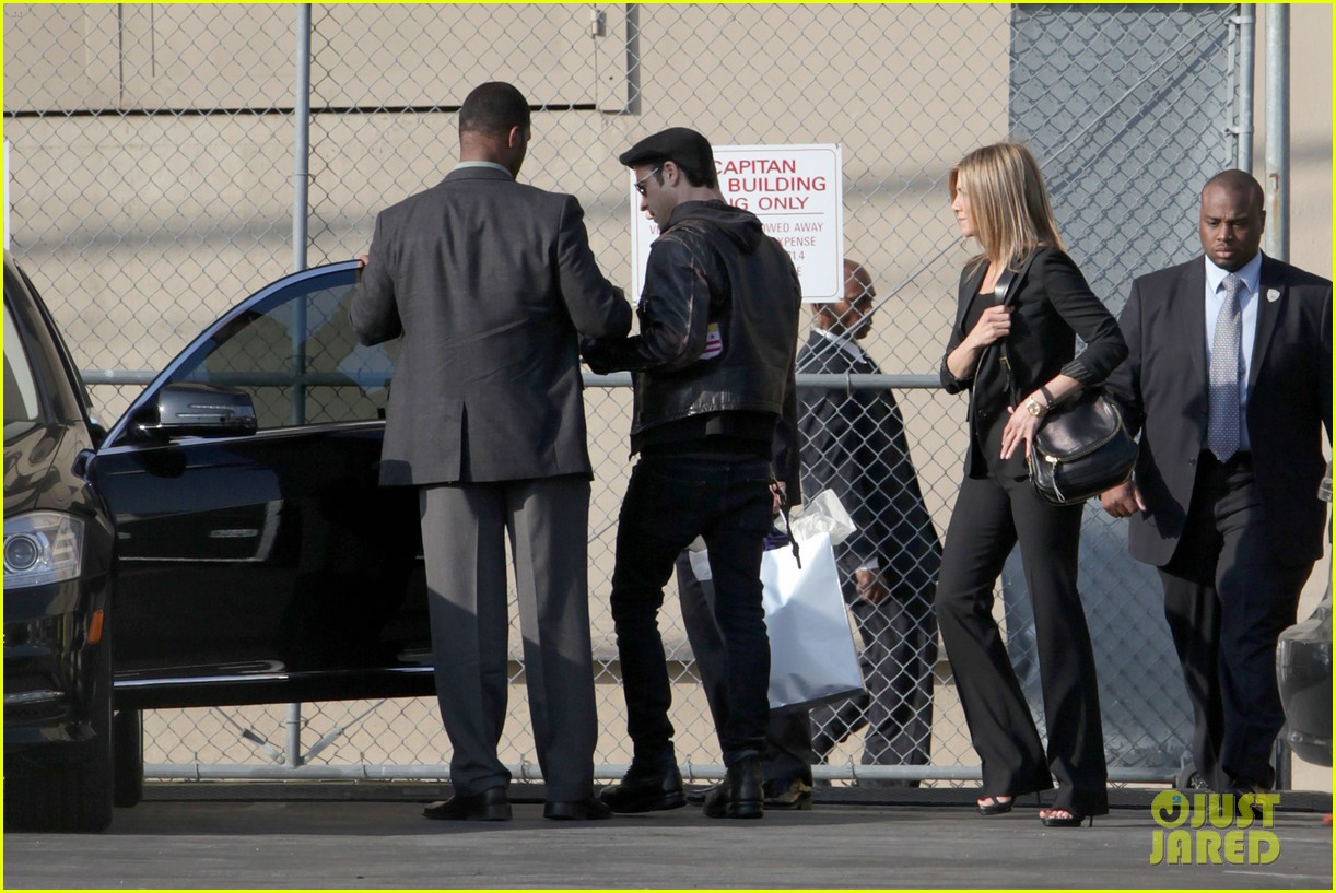 jennifer aniston kimmel justin theroux 10