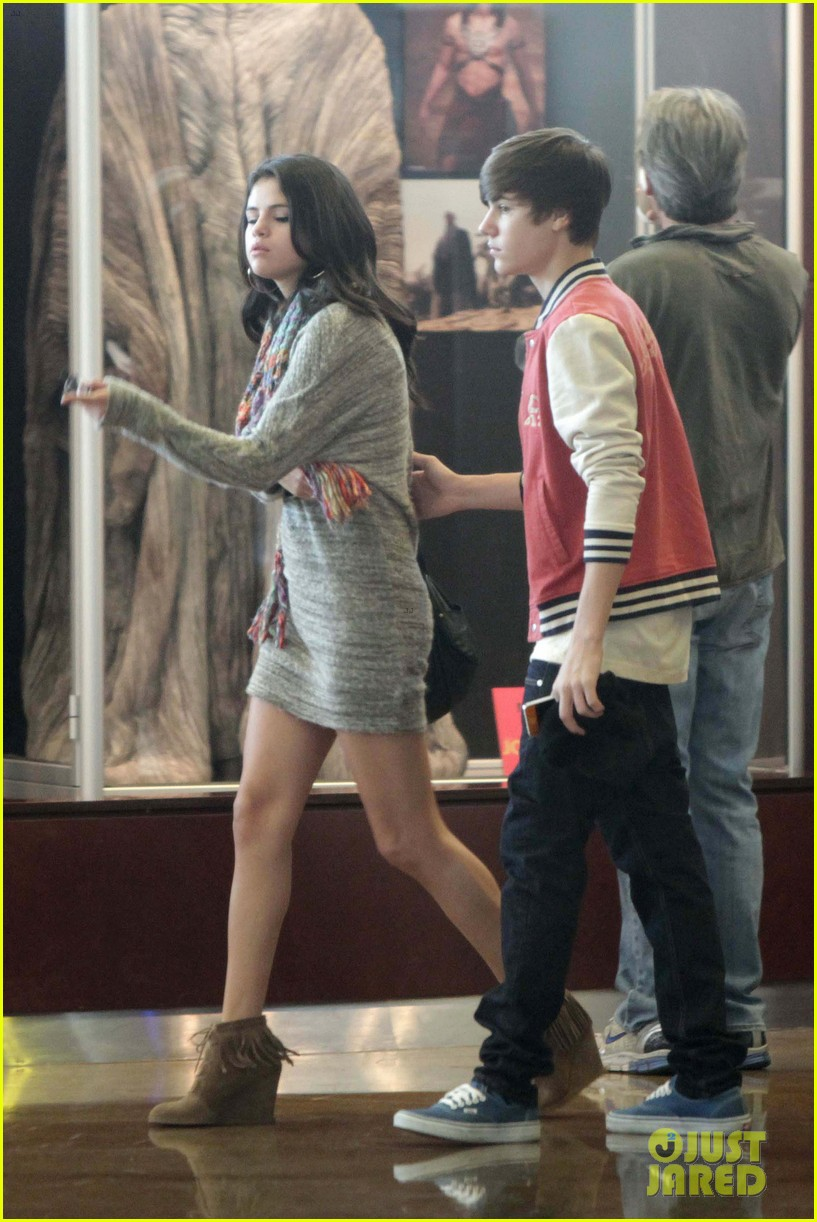 justin bieber selena gomez saturday night date 15