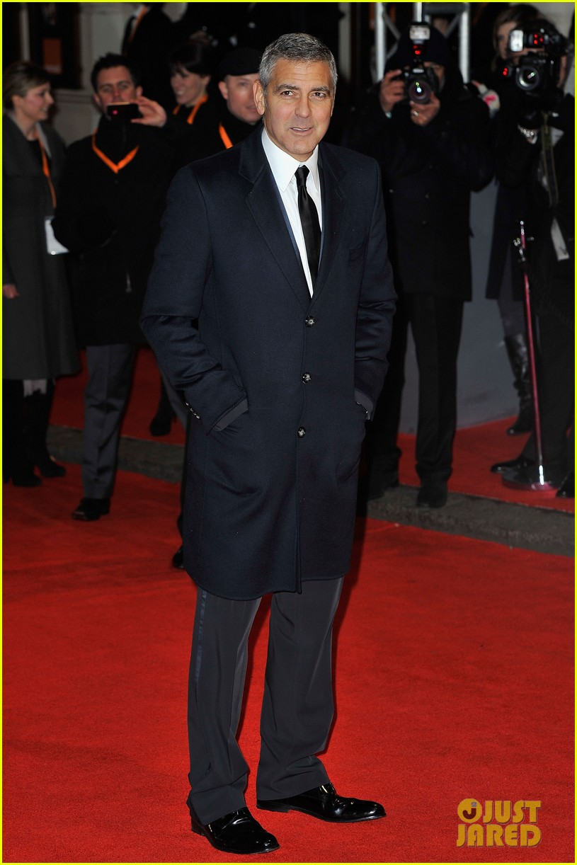 george clooney 2012 baftas red carpet 05