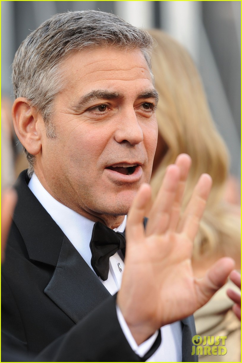 george clooney stacy keibler oscars 2012 07