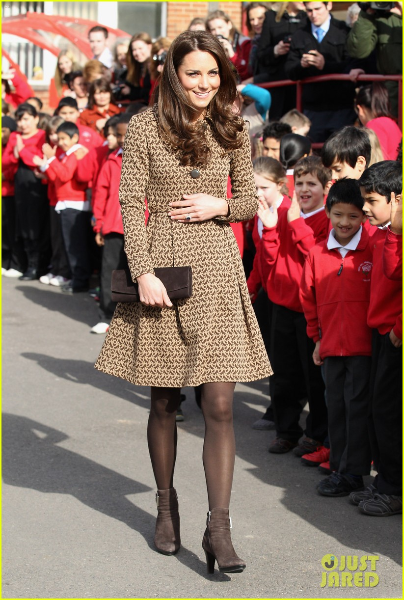 duchess kate rose hill primary school 07