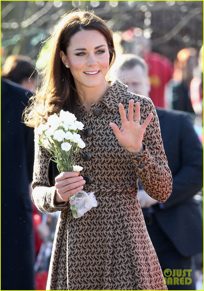 duchess kate rose hill primary school 15