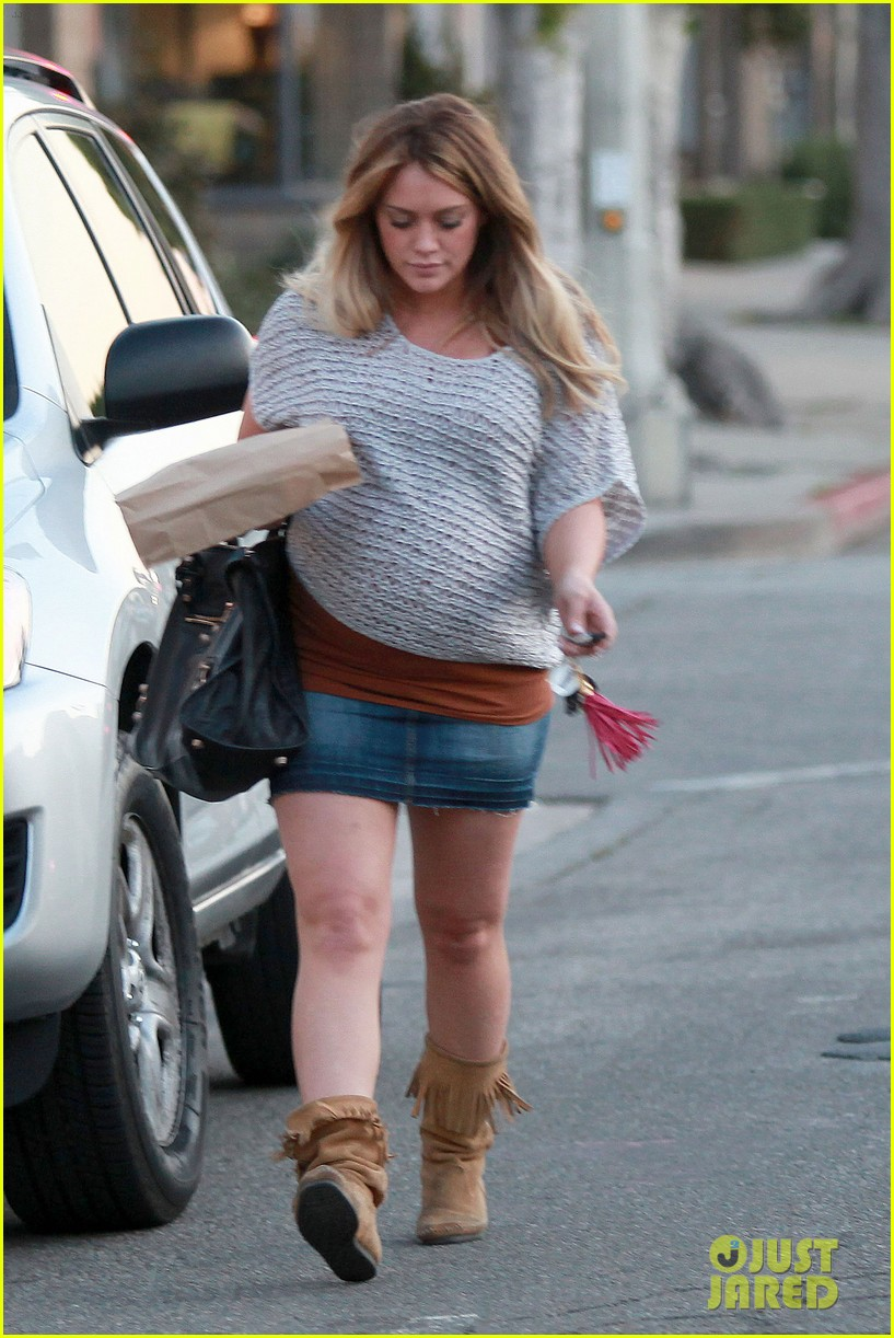hilary duff mike comrie retires 03