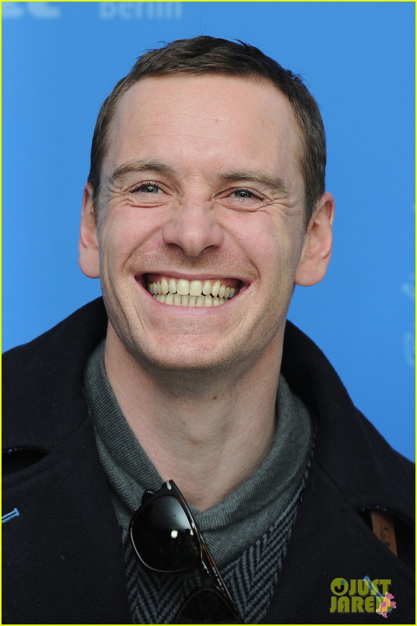 michael fassbender haywire photo call berlin 02