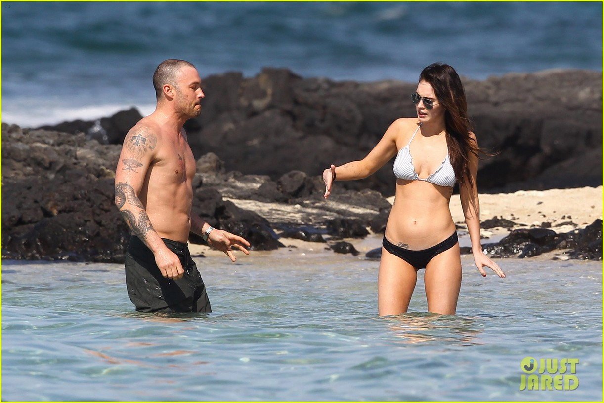 megan fox bikini brian austin green shirtless kona hawaii 01
