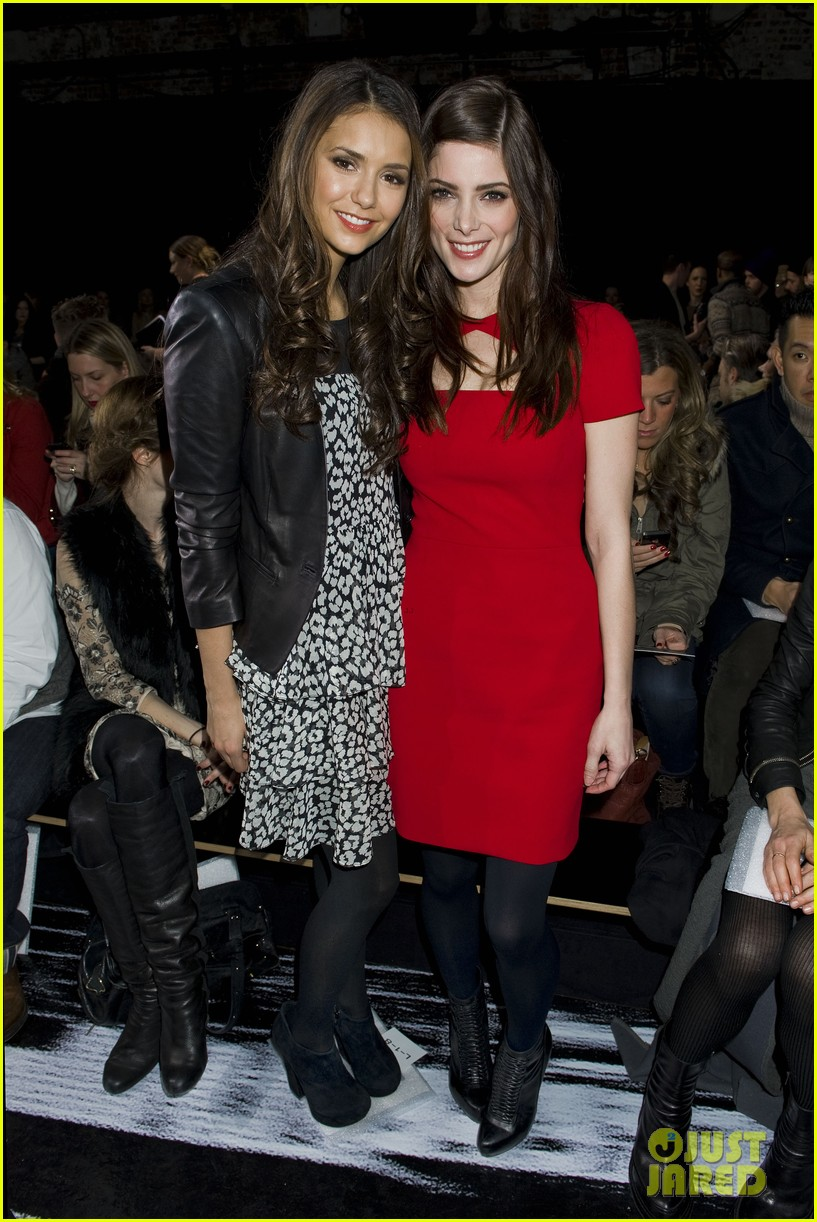ashley greene nina dobrev dkny fashion show 01