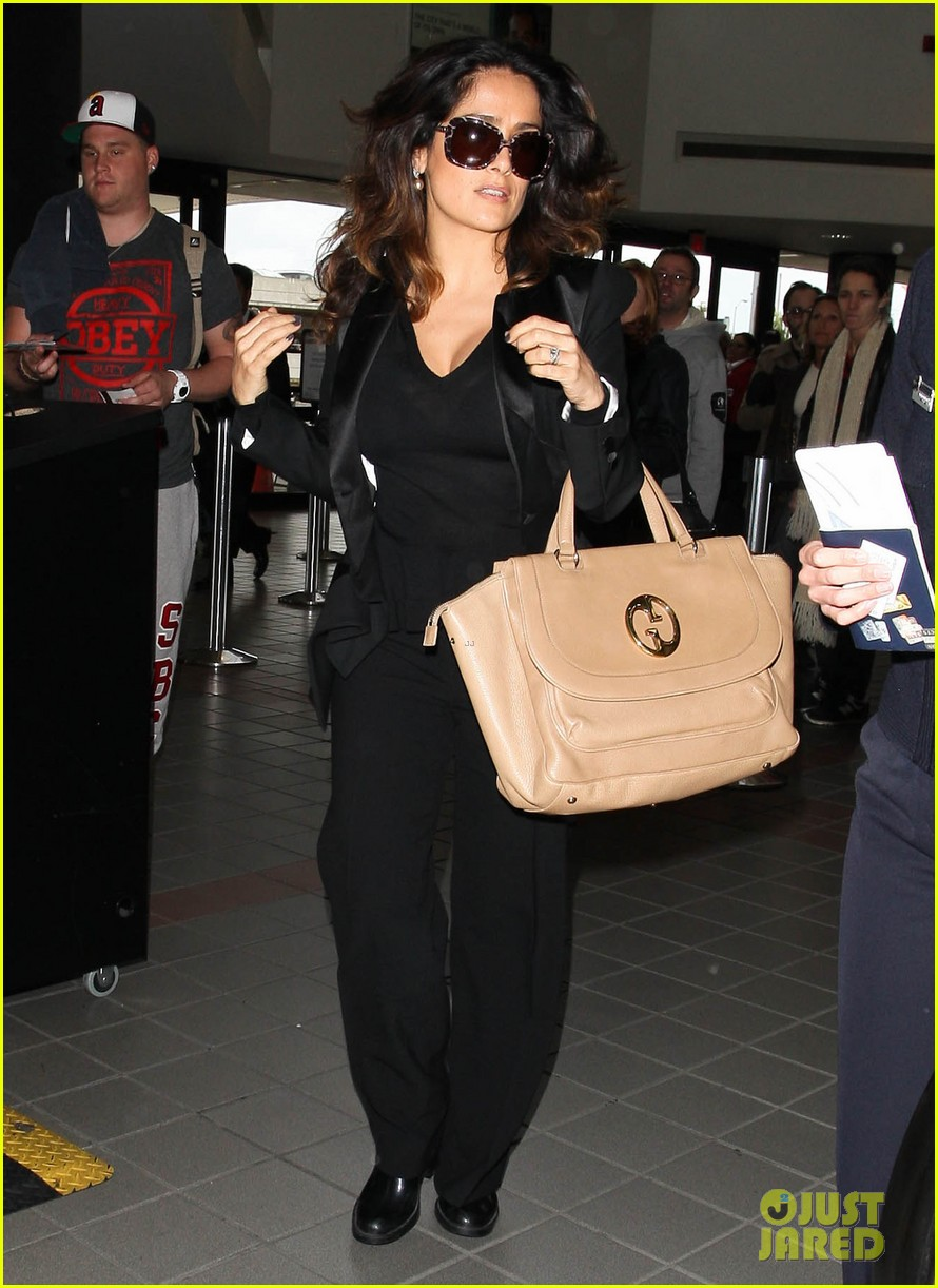 salma hayek lax after oscars 02