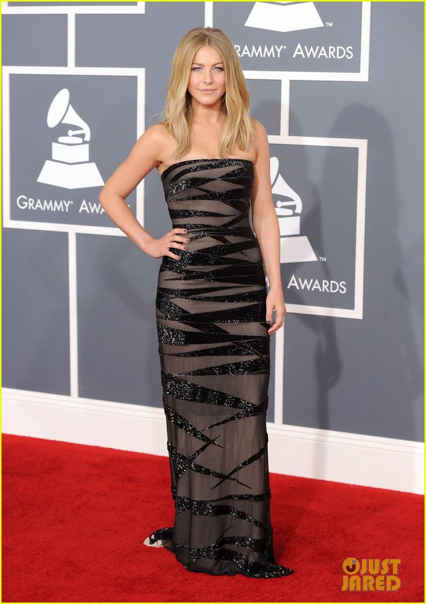 julianne hough 2012 grammy awards 05