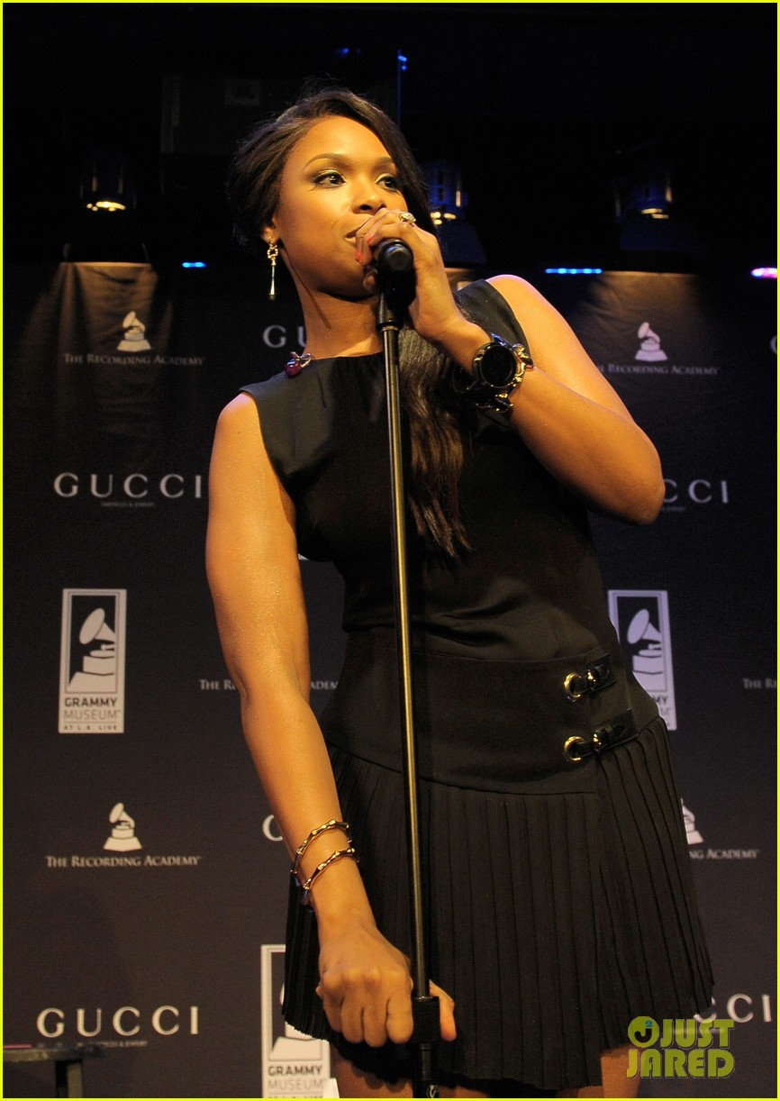 jennifer hudson whitney houston grammy tribute 04