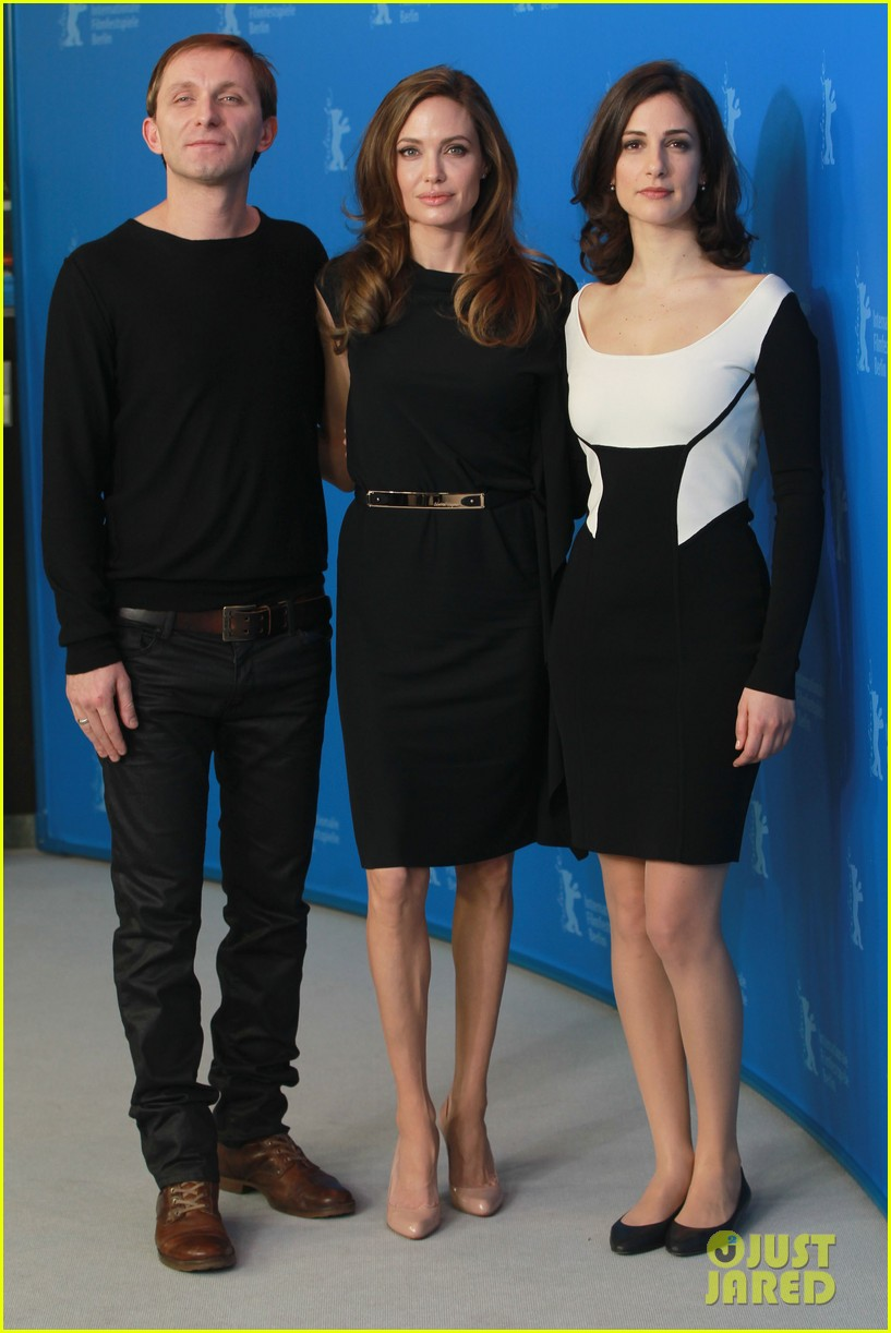 angelina jolie berlin photo call 15