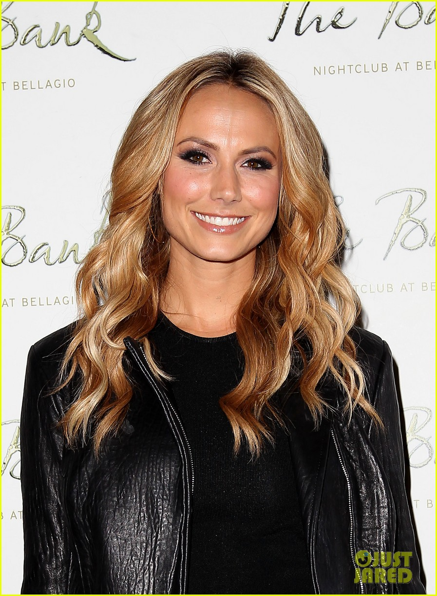 stacy keibler pre super bowl party las vegas 03