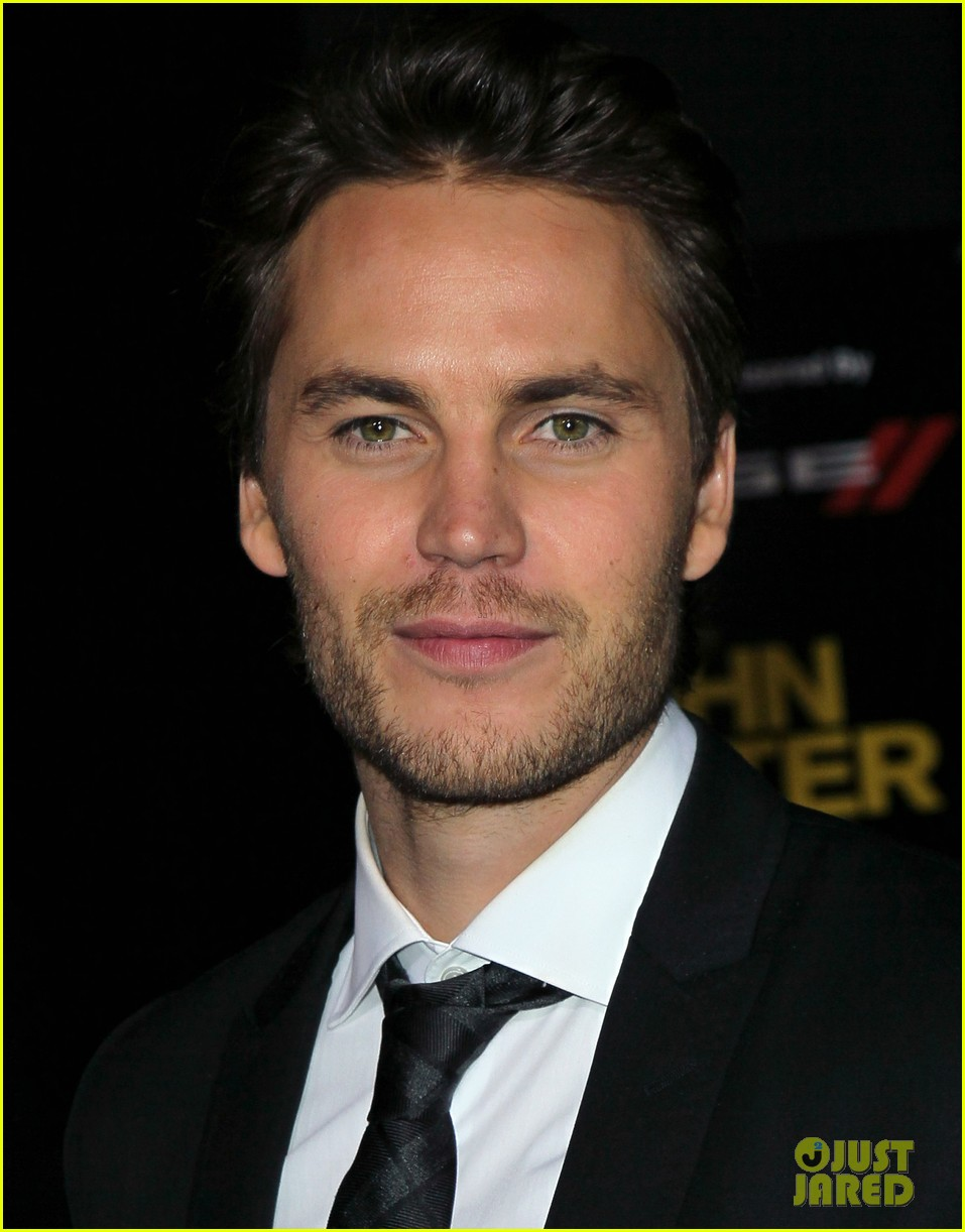 taylor kitsch fansite