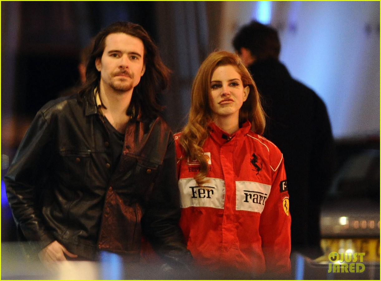 lana del rey london with barrie james oneill 062630959