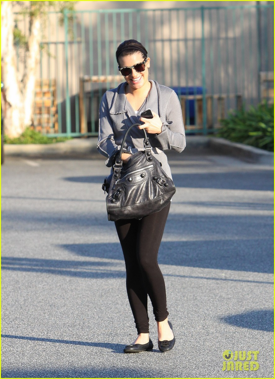 lea michele grocery gal 14
