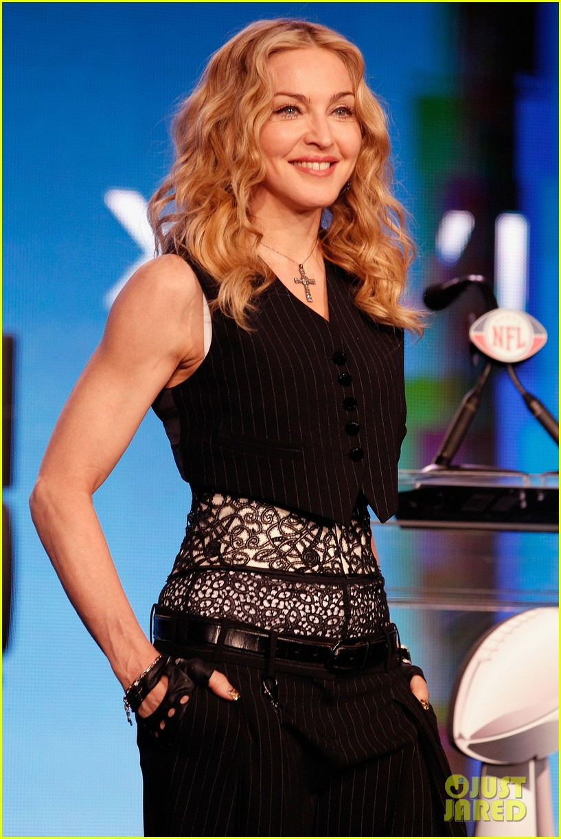 madonna super bowl press conference 06