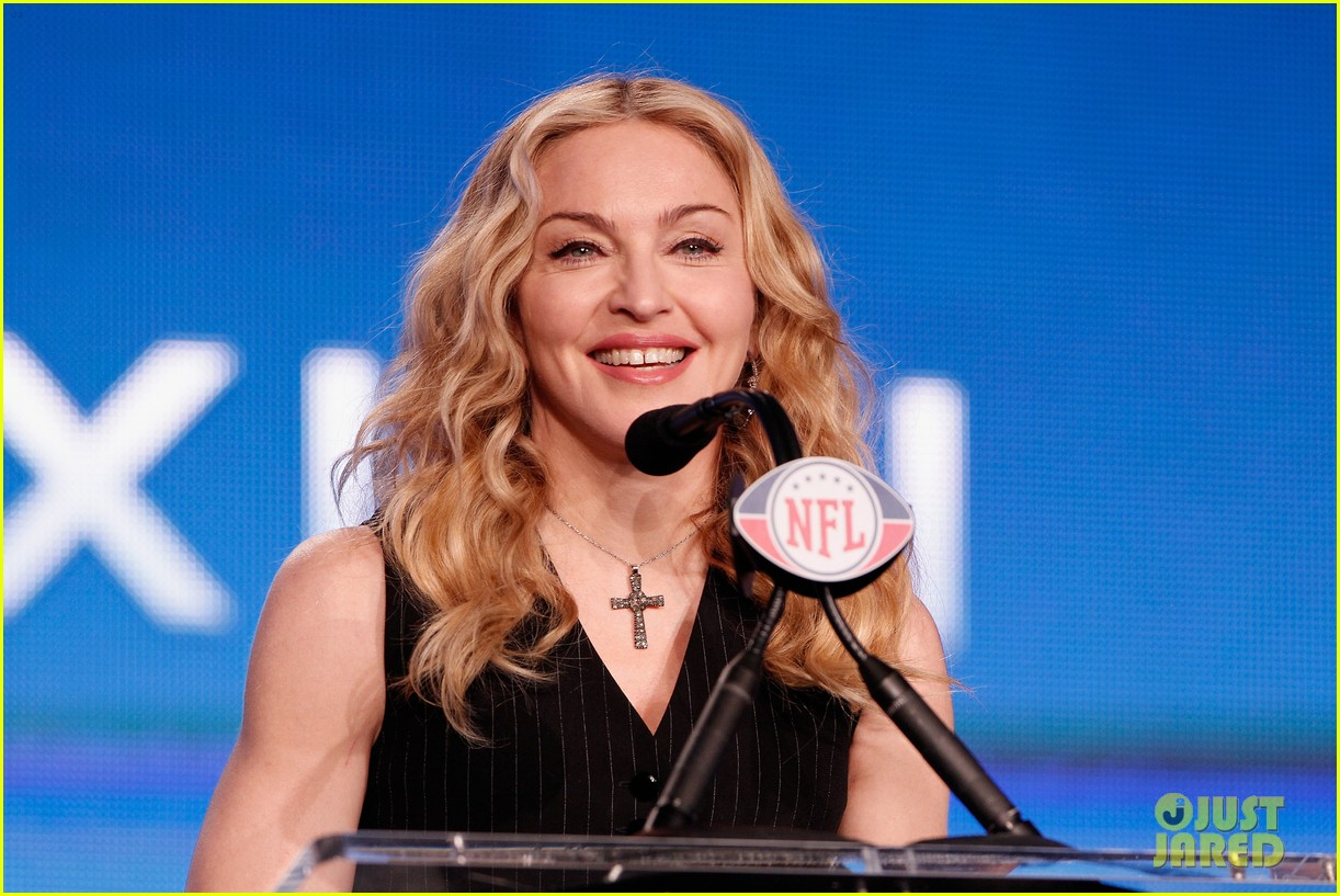madonna super bowl press conference 10