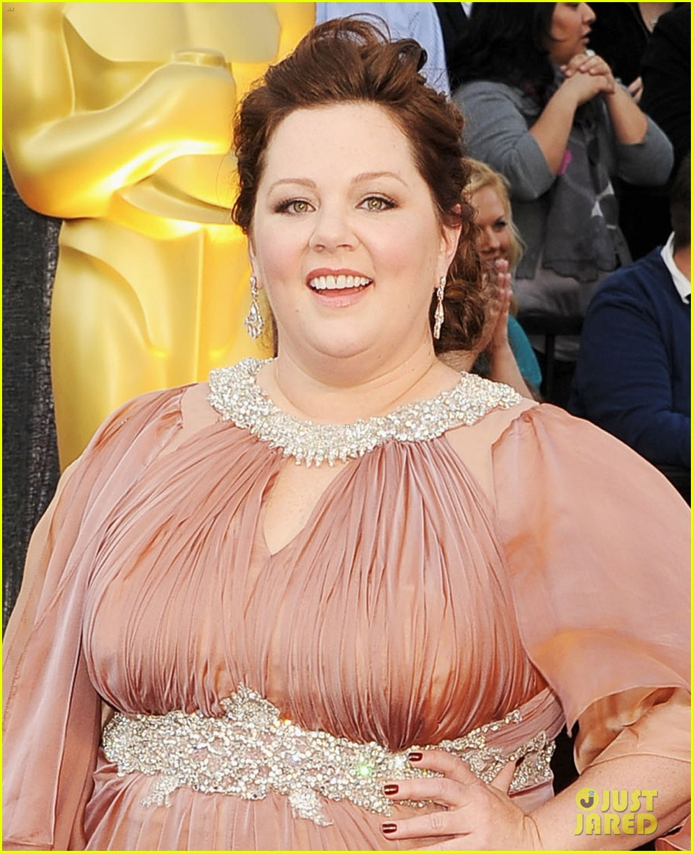 melissa mccarthy oscars 2012 red carpet 02