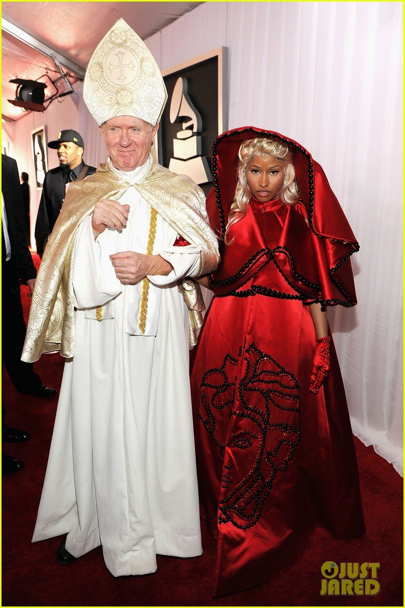 nick minaj grammy awards 2012 02