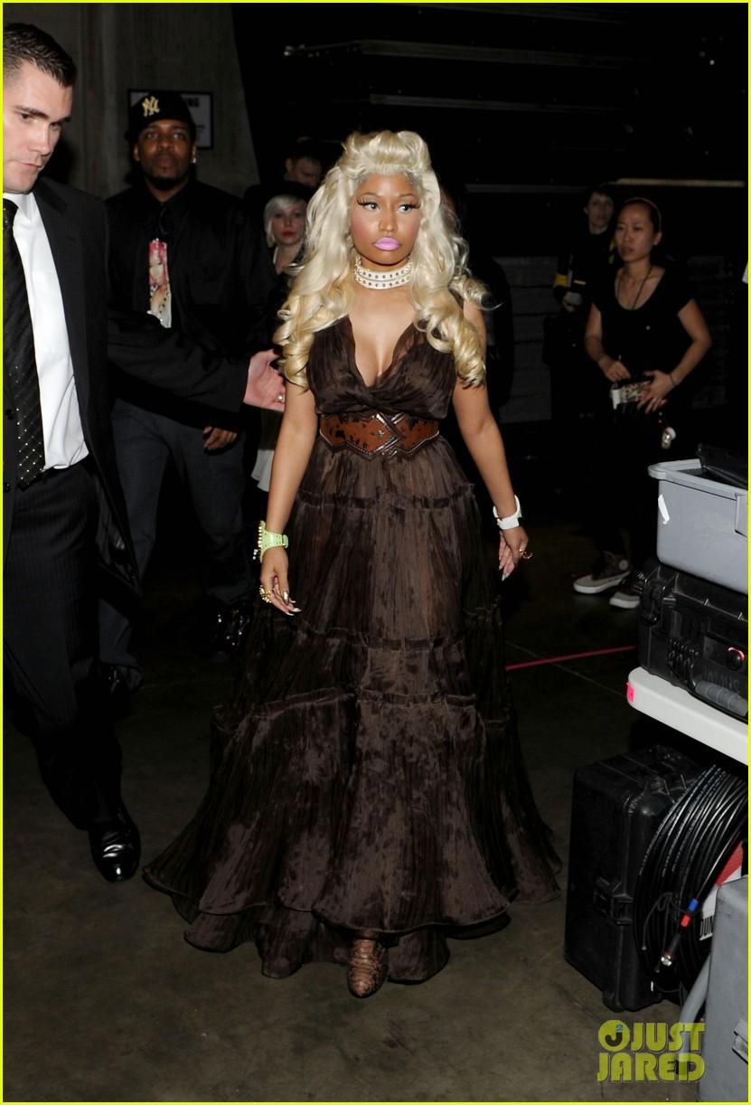 Nicki Minaj S Grammys Performance Watch Now Photo