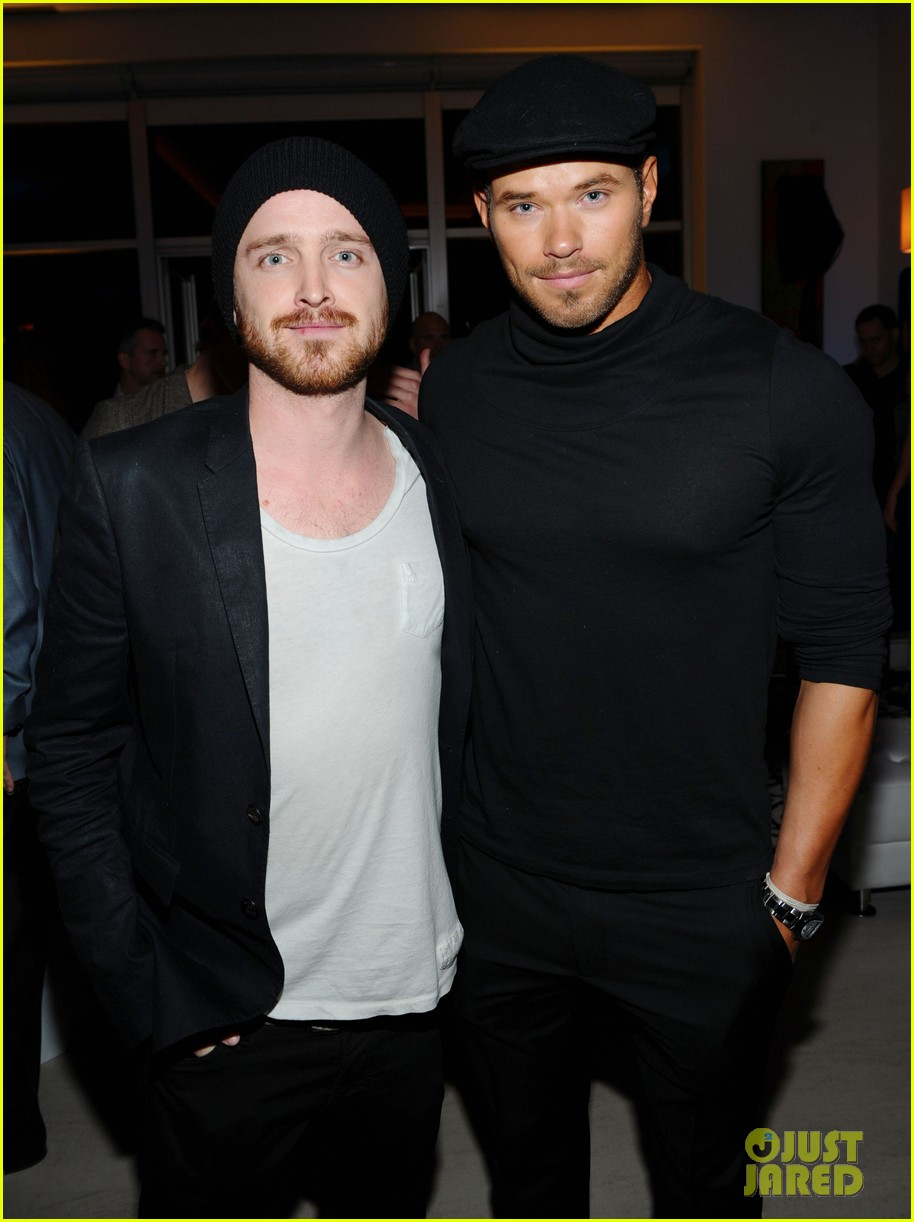 neil patrick harris kellan lutz aaron paul audi party 01