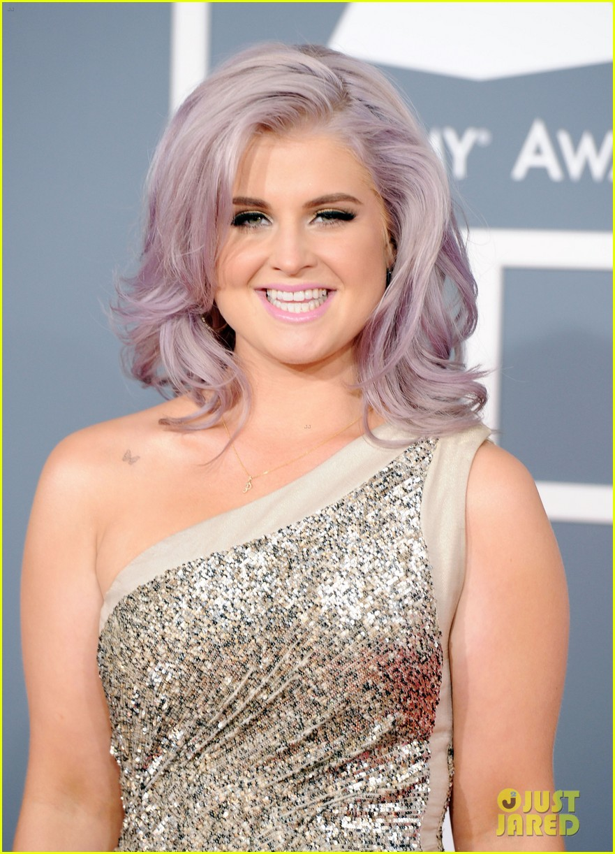 kelly osbourne grammy awards 2012 04