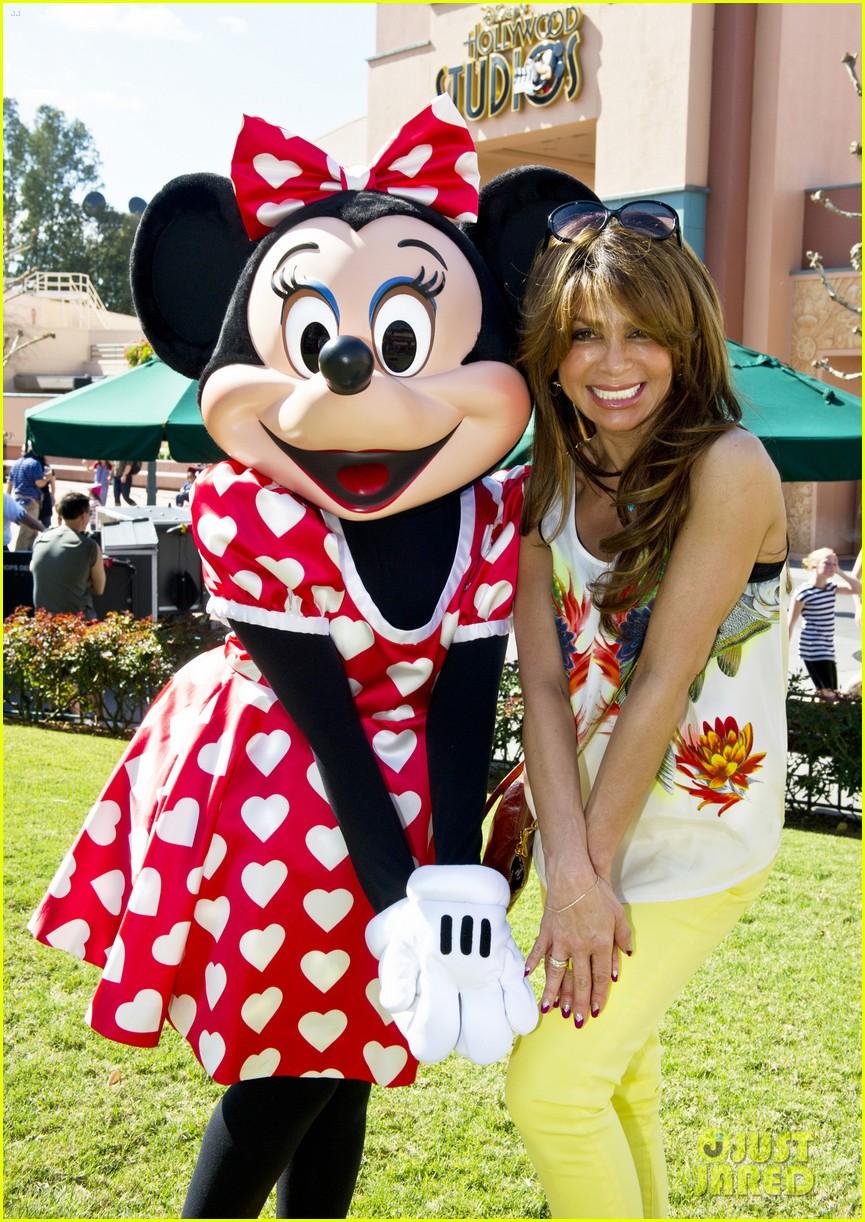 paula abdul minnie mouse walt disney world 05