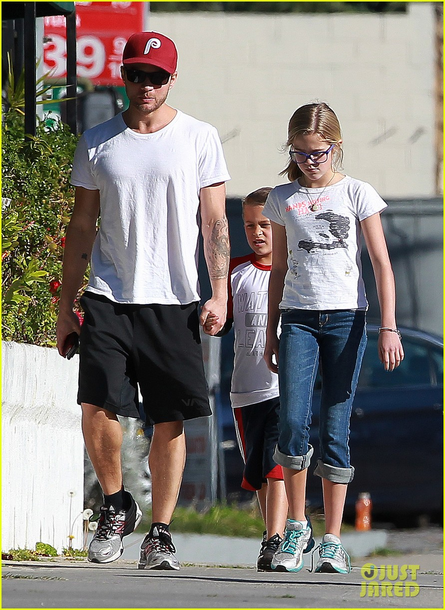 ryan phillippe kids sherman oaks 042625665