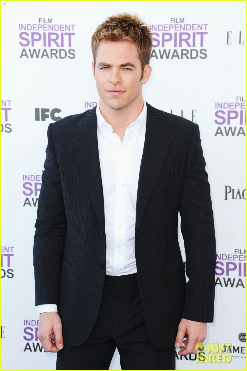 chris pine lucy liu spirit awards 2012 07