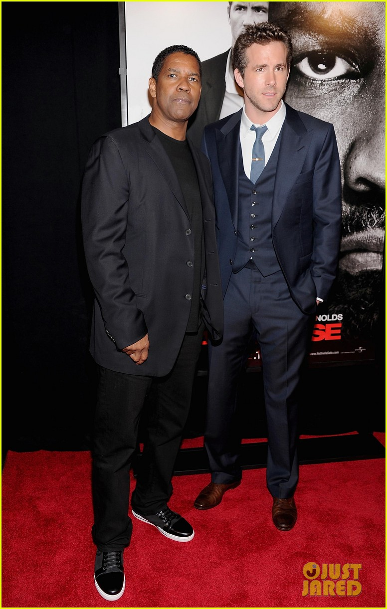 ryan reynolds denzel washington safe house premiere 062626324