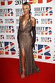 rihanna brit awards 2012 red carpet 01