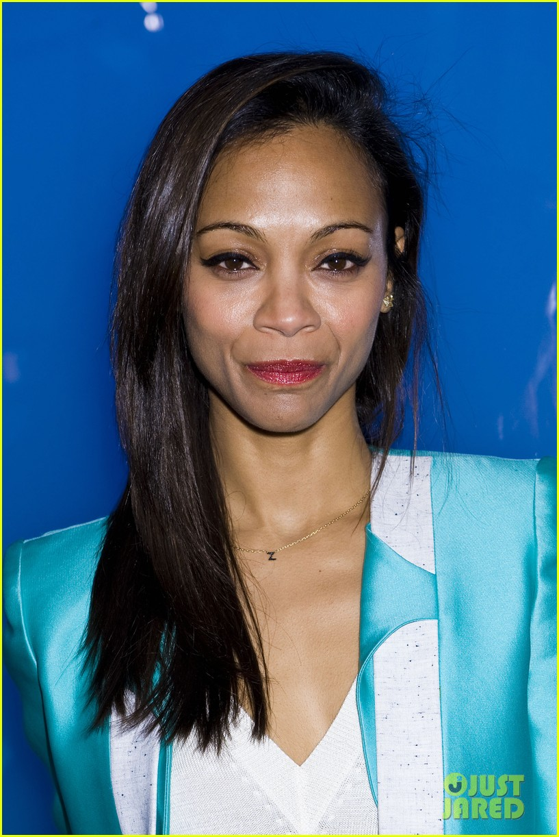 zoe saldana fashion week saturday 042627577