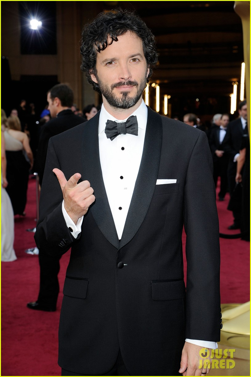 jason segal bret mckenzie oscars 2012 red carpet 02