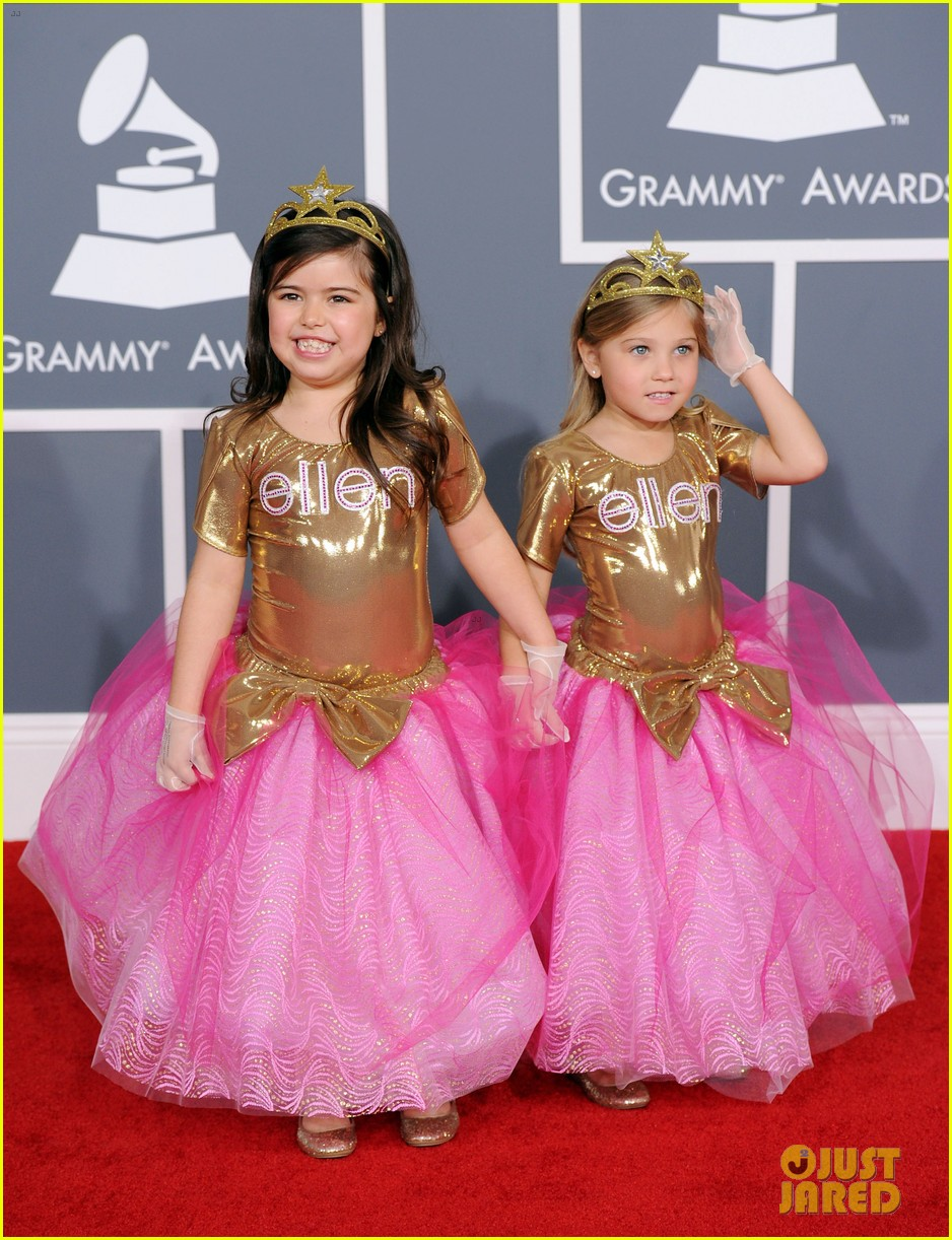 sophia grace rosie grammys 2012 red carpet 03