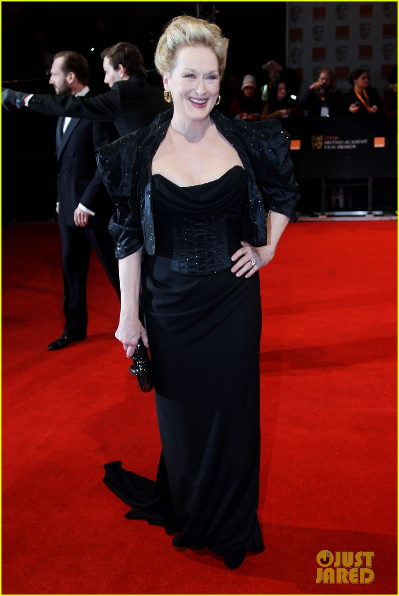 meryl streep 2012 baftas red carpet 032627980