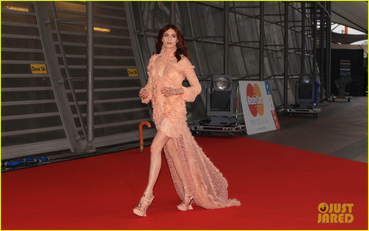 florence welch brit awards 2012 07