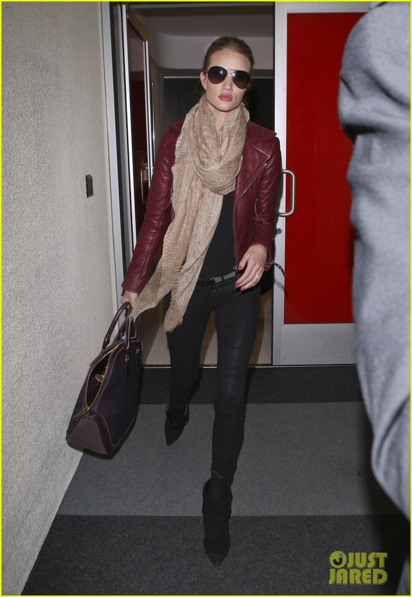 rosie huntington whiteley lax with jason statham 07