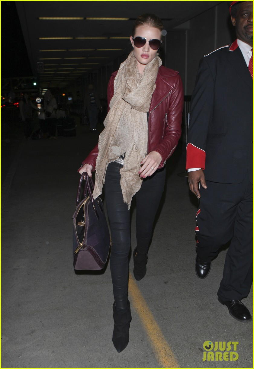 rosie huntington whiteley lax with jason statham 09