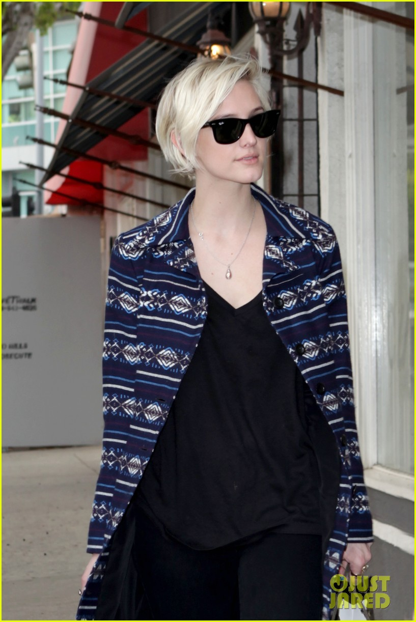 ashlee simpson shopping 12