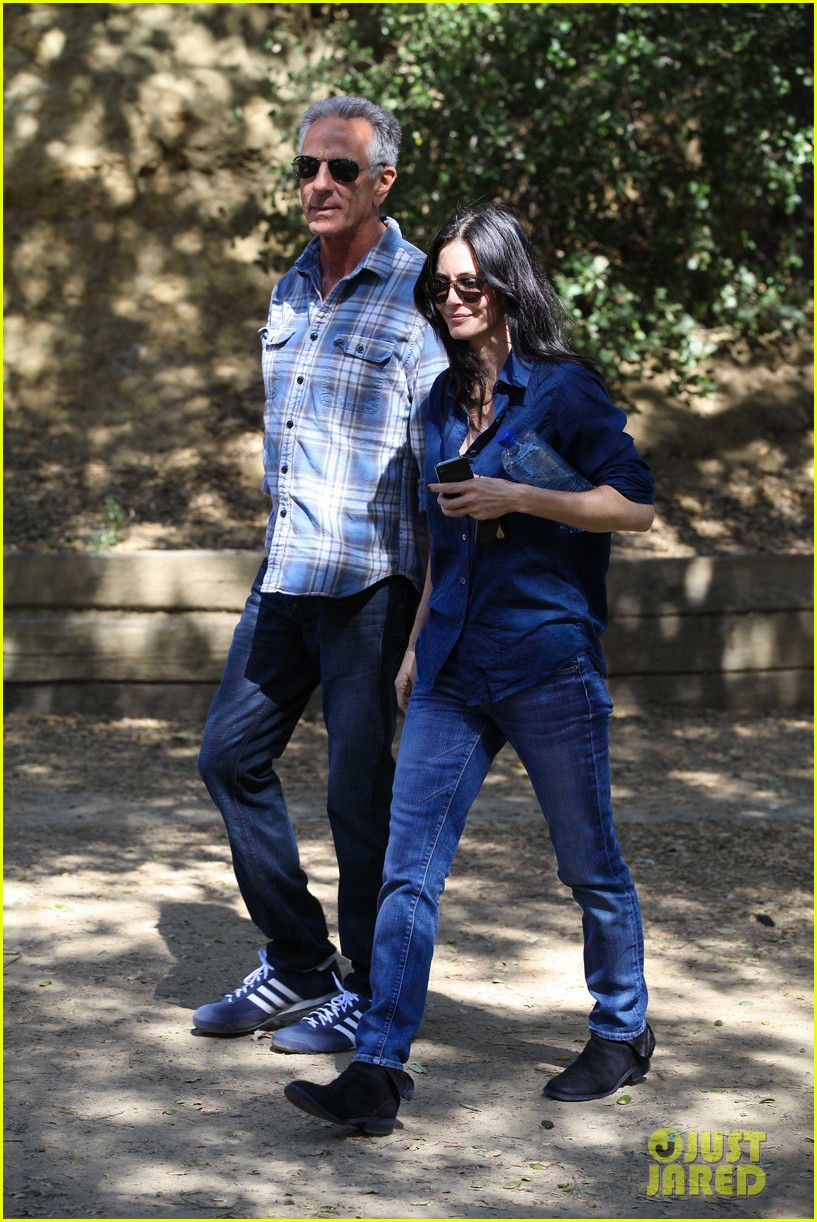 courteney cox cougar town location scouting 04