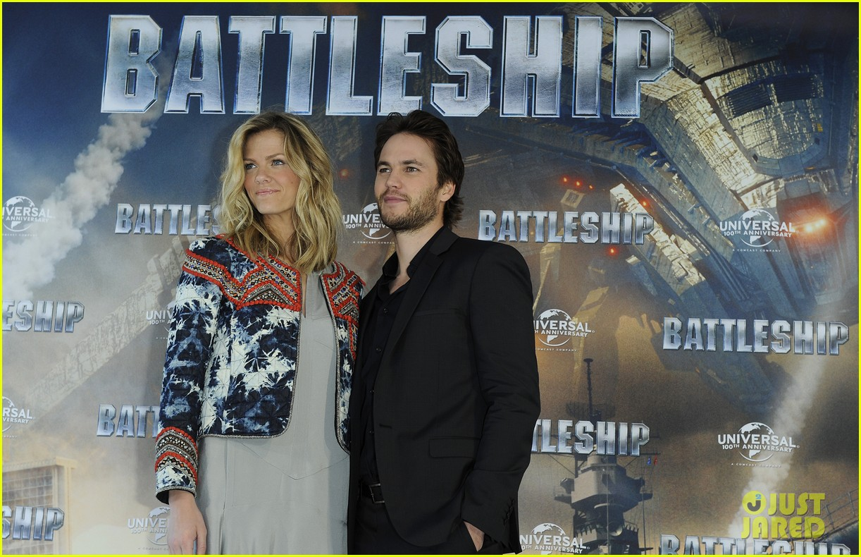 brooklyn decker battleship hamburg photo call 05