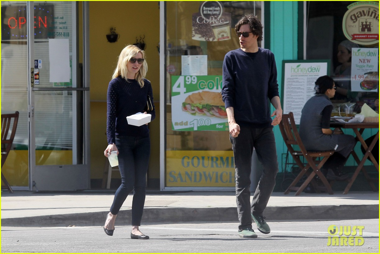 kirsten dunst guy friend lunch 10